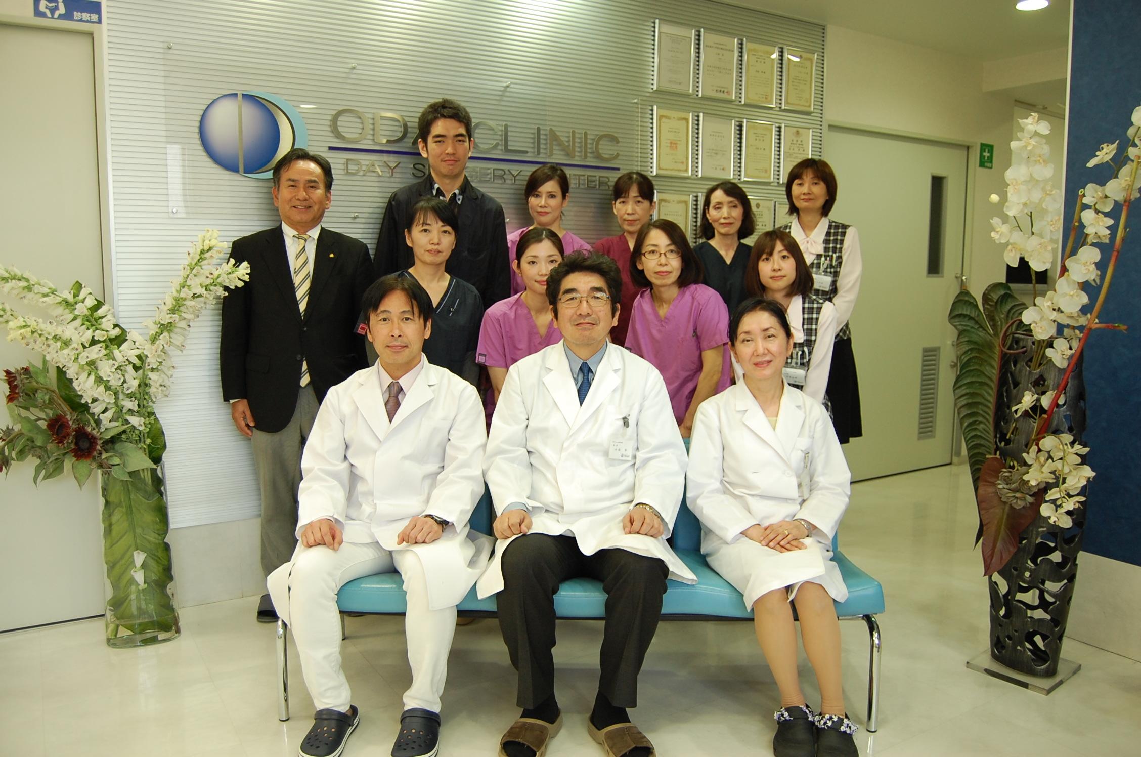 専任コーディネーターをはじめスタッフ一同が情報を共有し、一丸となったチーム医療を実践します。